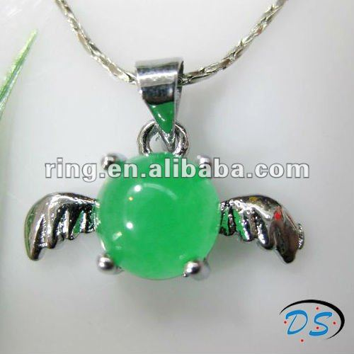 New design angel wing shape silver plated round jade gemstone pendant