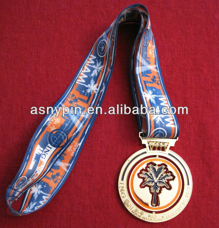 8th Annual ING Miami Half Marathon Medal with full color ribbon drape