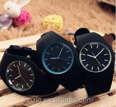 Silicone quartz watch with fantastic colors and water resistance