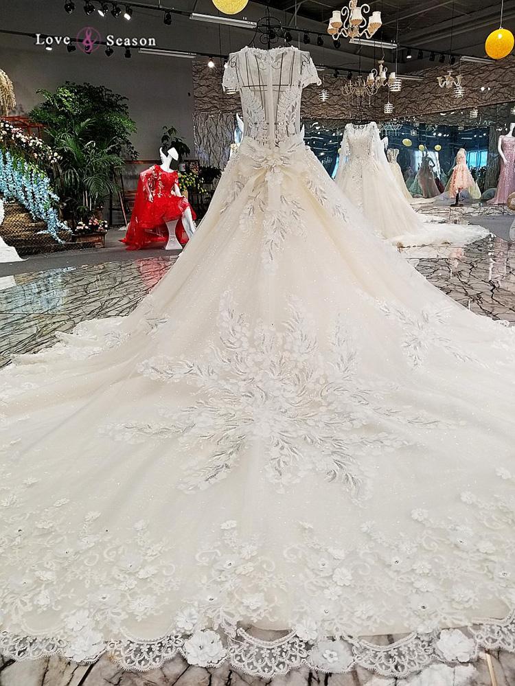 Model Picture Of Ghana Wedding Dresses