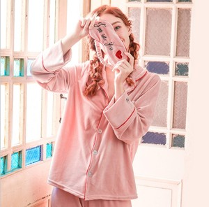Yiwu supplier spring hot style ladies fashionable pajamas casual home wear