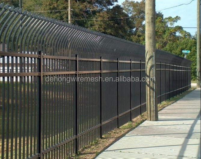 Wholesale China Ornamental Wrought Iron Fence (factory