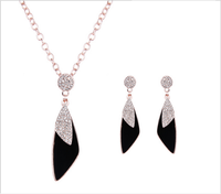 Temperament Leather Shape Ladies Women Crystal Necklace Earring Gold Plated Jewelry Sets 2Pcs
