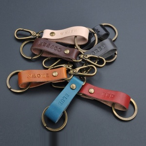 2018 new style OEM genuine leather keychain with antique metal hardware key ring custom logo