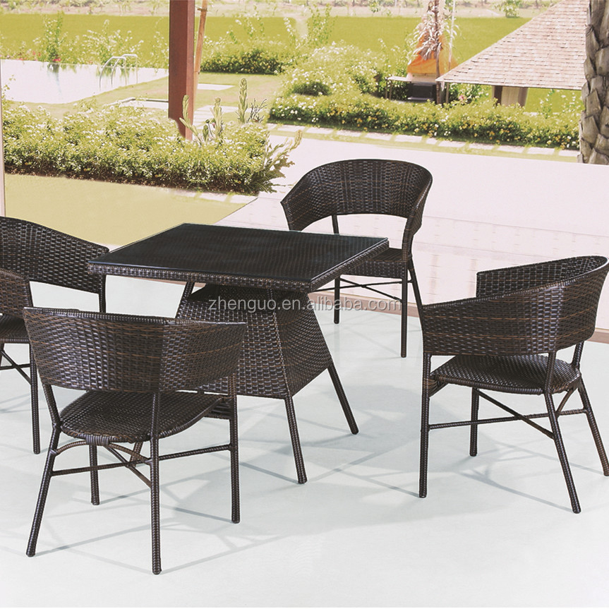 Classical black furniture PE rattan table and chairs