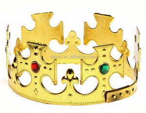 Yiwu factory adjustable Golden color stone cheap plastic king crown