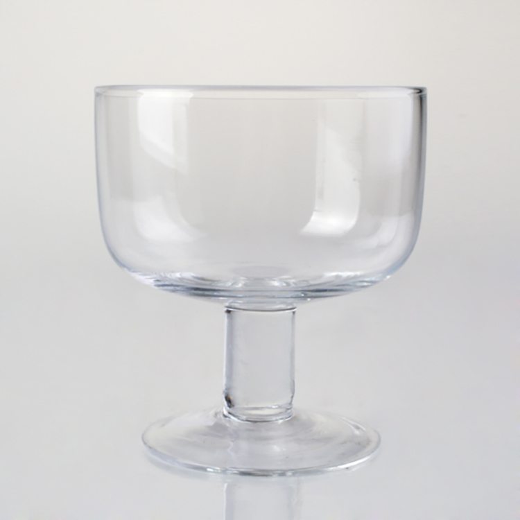 Big discount price home footed glass trifle glass bowls manufactory