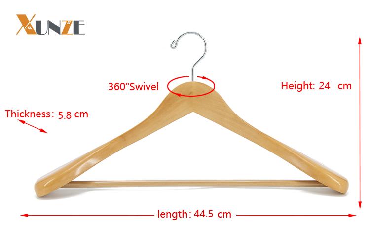 De lujo de encargo de logotipo impreso marrón antiguo Pantalla de madera colgador de ropa para suéter