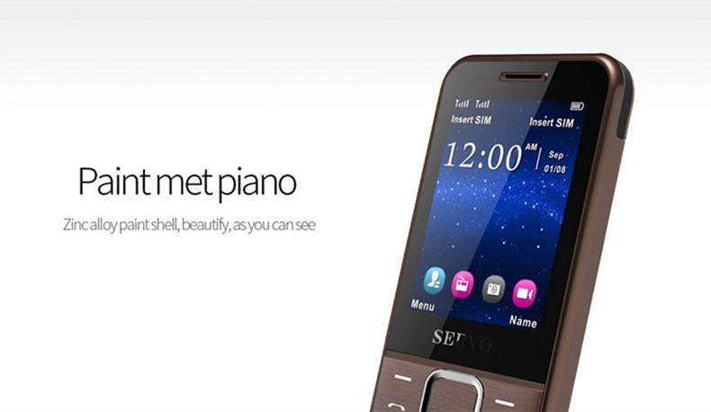 הטלפון המקורי 225 מקלדת רוסית 2.4 אינץ ' מסך GPRS בשני כרטיסי SIM סלולריים תמיכה בשפה הרוסית טלפון נייד