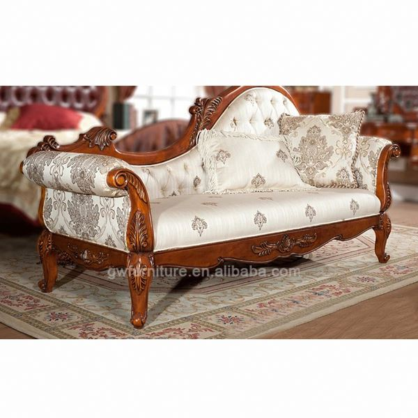 Classic chaise lounge luxury chaise lounge with classic for Carved wooden chaise