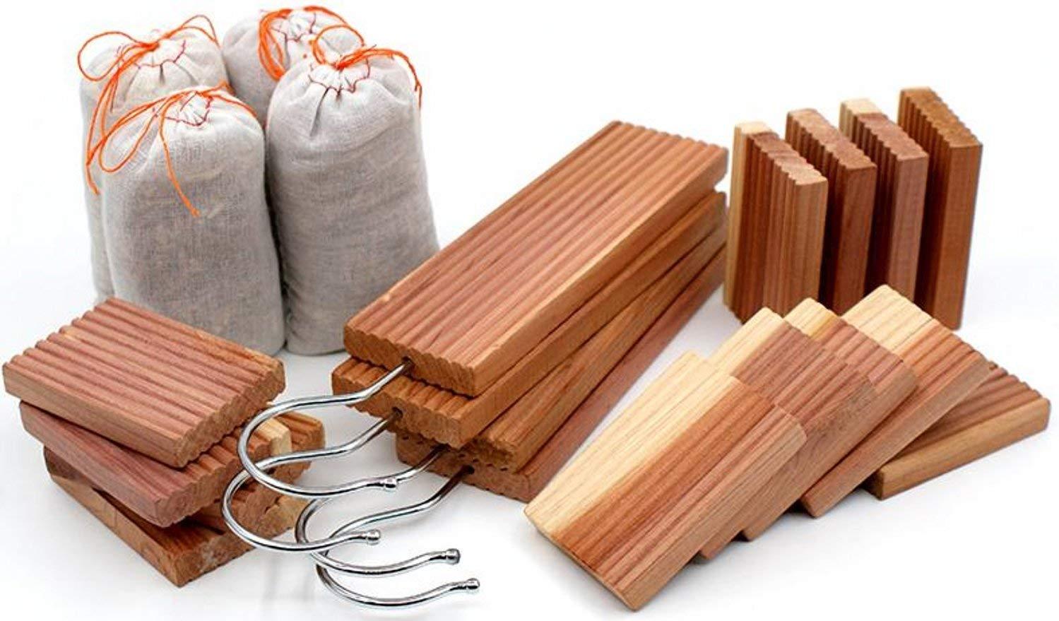 Venxic 20 Pack Moth Repellent Cedar Closet Protection Cedarwood Hangups Blocks Sachets Set