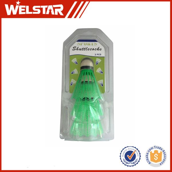 Высококачественный цветной вспененный пластиковый нейлоновый Волан для бадминтона