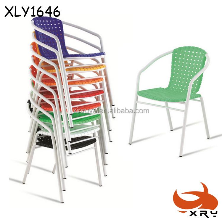 Boda dise o apilable silla de pl stico con patas de metal for Sillas plastico diseno
