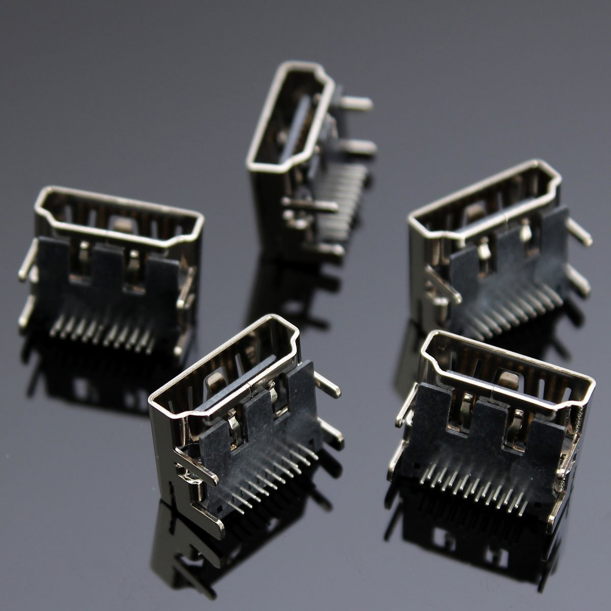 5pcs 19 Pin HDMI Female DIP Jack Socket Connectors 2Rows 90 Degree / 5pcs 19 Pin HDMI Female DIP Jack Socket Connectors 4Legs 2Rows 90 Degree . . Specifications: . HDMI Series . . Type: DI