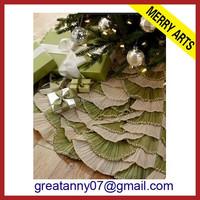 2015 new design wholesale scale shape decorative fabric christmas tree skirt