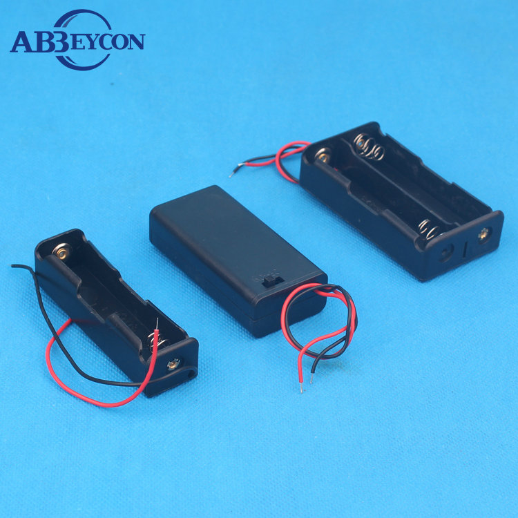 2x1.5V AA Battery Plastic Holder Box Case with Cap Cover On/off Switch