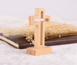 Professional design various styles wooden cross with stand