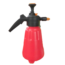 Different 1.5 L Hand Pump Nozzle Garden Sprayer Watering Can