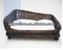 Antique durable wicker egg pet house with handmade
