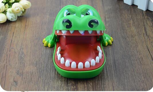 de7753d2b 1 قطع كبيرة التمساح الفم طبيب الأسنان لدغة فنجر لعبة مضحكة لعبة أطفال  الأطفال هدية