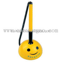 2015 high quality writing instruments stand desktop pen smile desk pen with chain