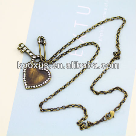 Clear Rhinestone Embedded Pins, key and Heart Necklace KSLN0016