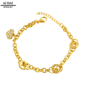 Chained In Love - Gold Plated Heart Charm Bracelet Natural Beauties Stainless Steel Bracelet