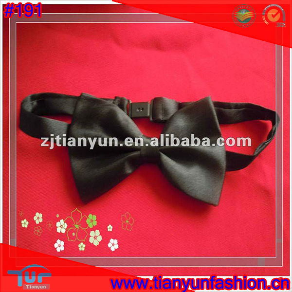fashion polyester Butterfly neck bow tie for promotion