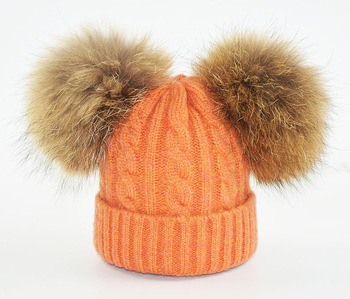 6ad0eccfe96 Wholesale large raccoon fur ball knit hat knit beanie cap winter hats with pom  poms