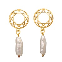 Gold plated fashion women jewelry beautiful hallow out alloy pearl personalized earring