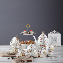 FDA LFGB SGS CIQ Bone China Tea Cup Set/High end Estilo Europeu Osso China Conjuntos <span class=keywords><strong>de</strong></span> <span class=keywords><strong>Chá</strong></span> Xícara <span class=keywords><strong>de</strong></span> <span class=keywords><strong>Chá</strong></span> conjunto atacado