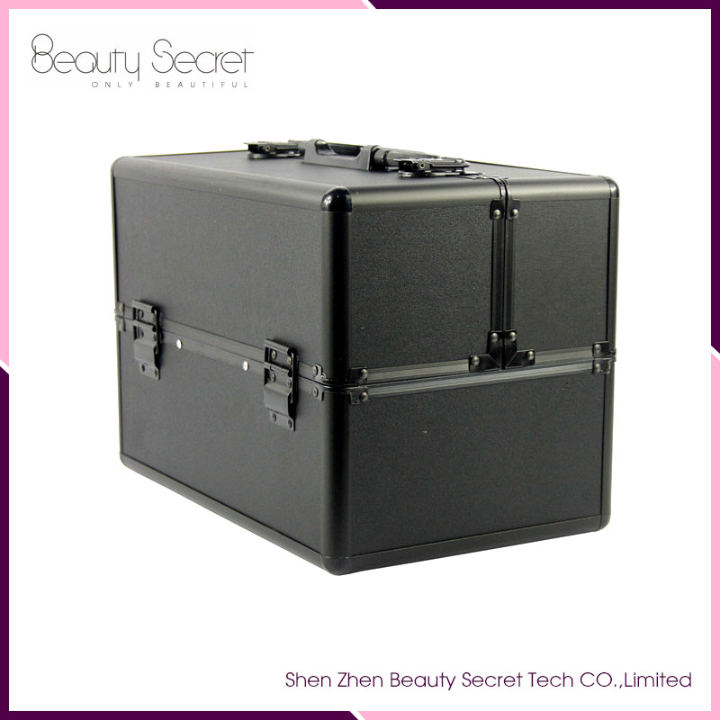 Black Lockable Handle Aluminum Cosmetic Portable Makeup Case