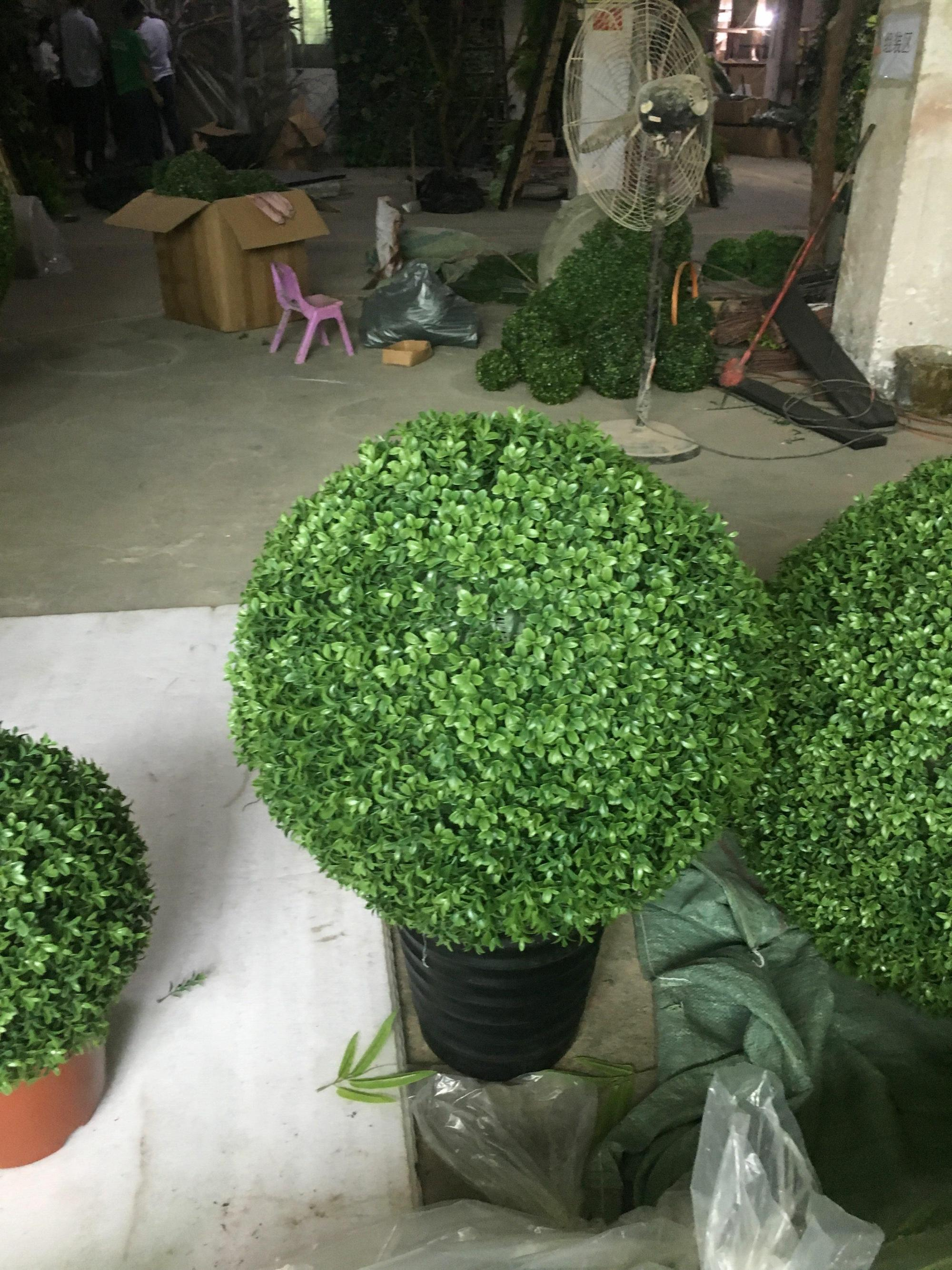 New Material Artificial Grass Ball Hanging Boxwood Ball Outdoor Topiary Ball For Home Garden Buy Artificial Grass Ball Hanging Boxwood Ball Outdoor Topiary Ball Product On Alibaba Com