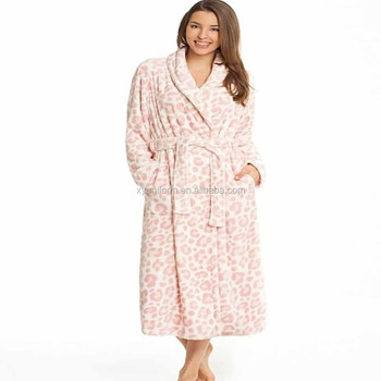 100% polyester coral fleece Leopard print long bathrobe for women Ladies  night Robe c6081f351