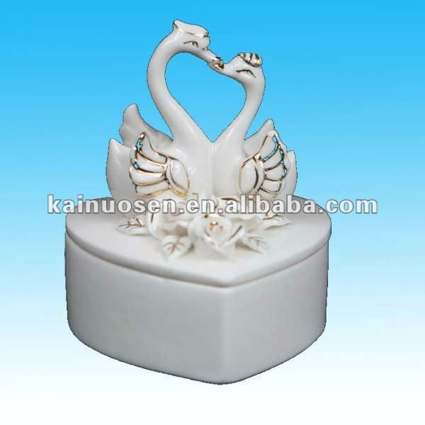 white ceramic cosmetic box w/ 3D swan