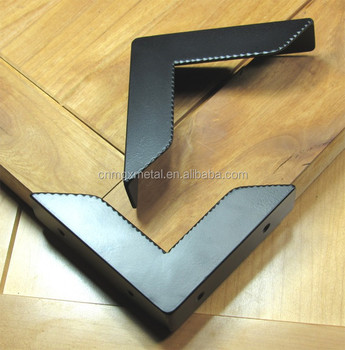 High Quality Stamping Black Powder Coated Steel Rustic Decorative Furniture Corner Protector