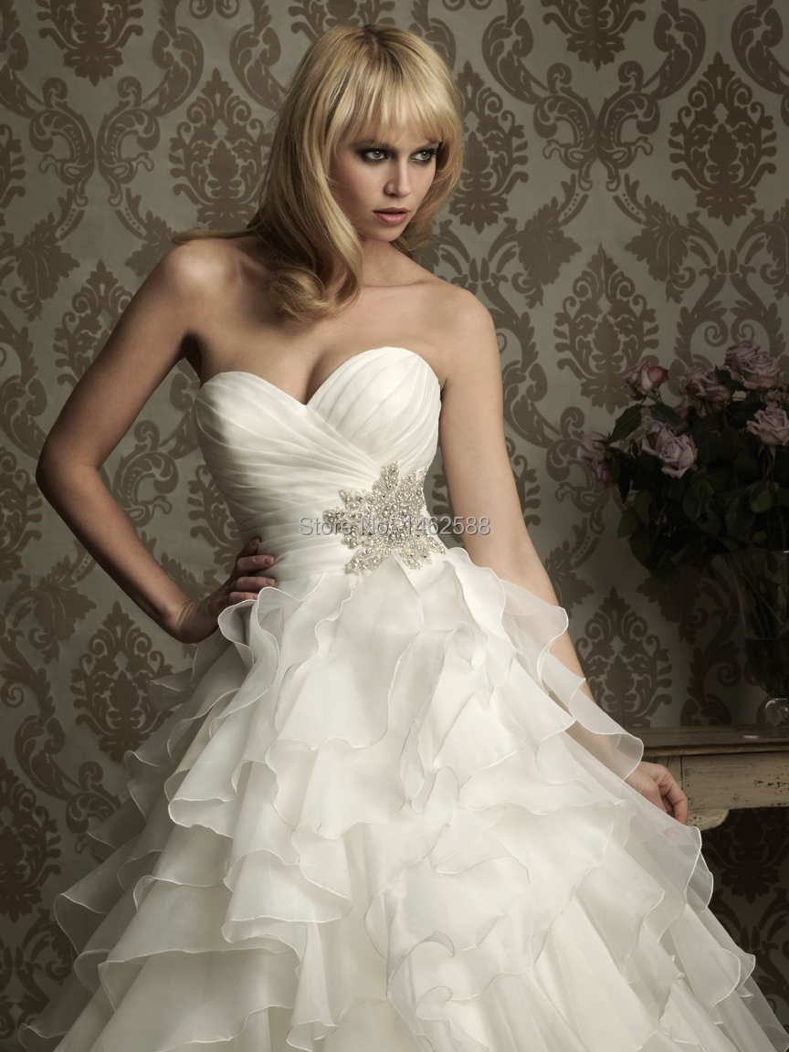 Ruffled Organza Skirt With Embroidered And Beaded Bodice: Robe De Marier 2015 New Elegant Pleated Sweetheart Organza