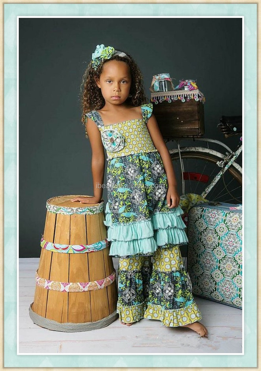 Flower Girl Dress For Less offers s of in stock discount flower girl dresses. Flower Girl Dress For Less carries a complete line of first communion, christening gowns, infant dresses, holiday dresses, christmas dresses, party dresses and accessories at bargain prices.