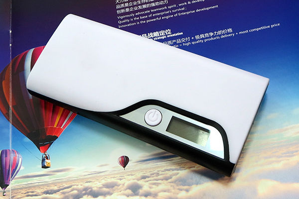 2014 Best Selling China power bank high power 8800mah Guangzhou