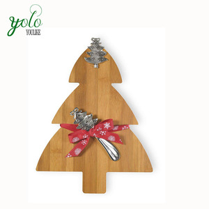 Wholesale 100% Natural Celebrate the Home Christmas New Design Bamboo Tree Cutting Board