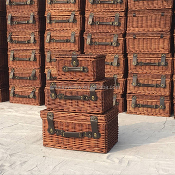 Empty wicker picnic gift hamper baskets cheap