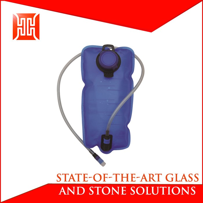 New design 1l water hydration bladder with water rucksack