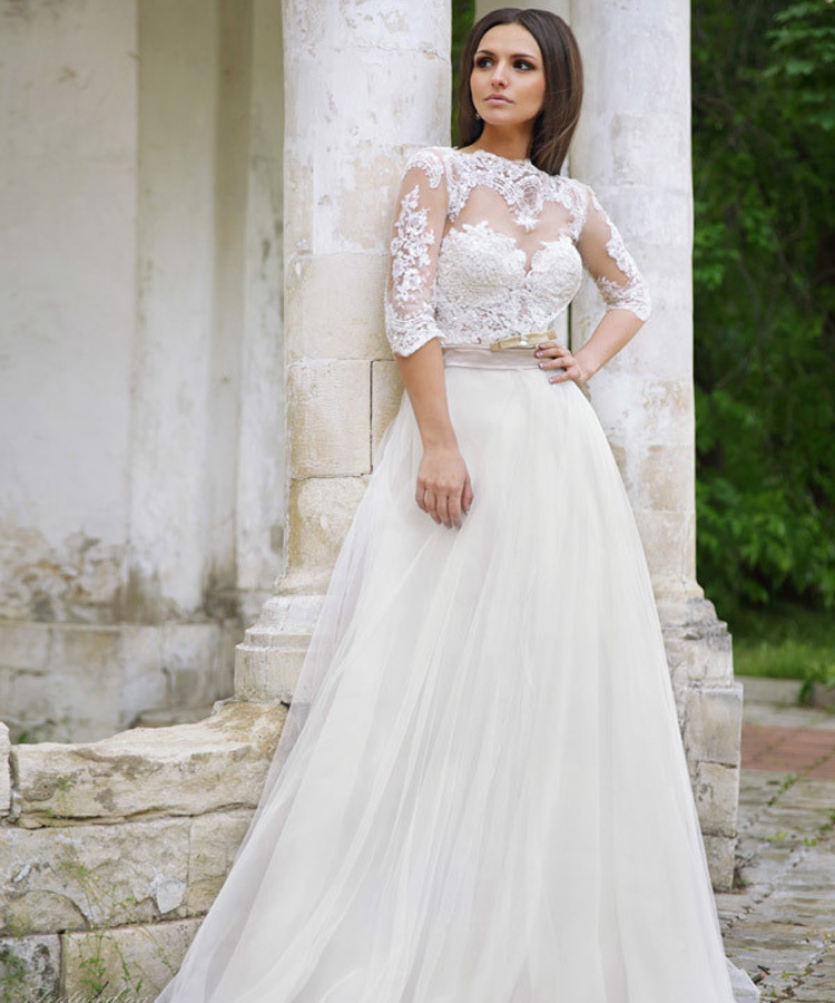 Full Sleeve Wedding Gown: Heart Shaped Back Wedding Dress Half Sleeve Appliques Lace