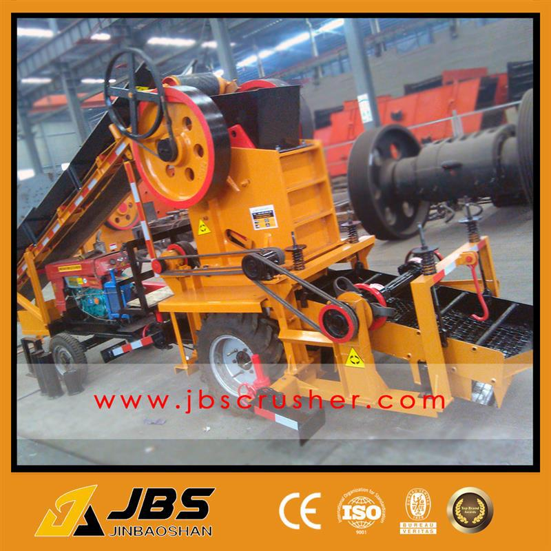 Small Mobile Tractor Diesel Engine Mobile Cone Crusher with low price
