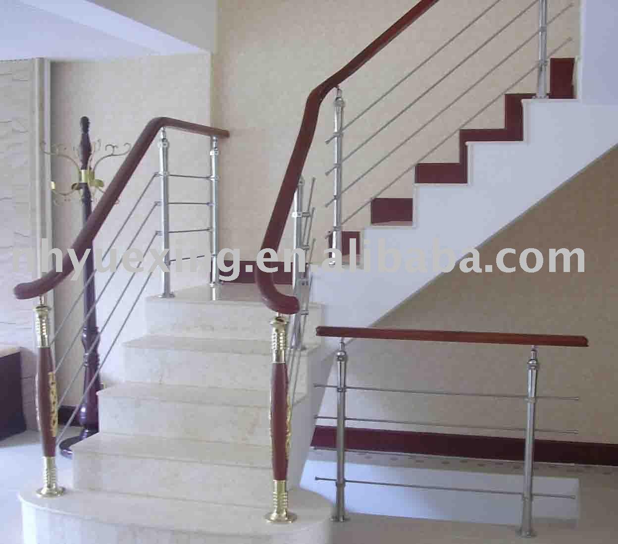 int rieur en bois escalier main courante escaliers id du produit 226769159. Black Bedroom Furniture Sets. Home Design Ideas