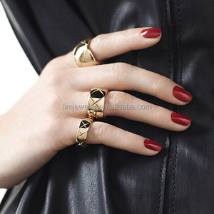 Wholesale fashion gold ring set,textured ring three pieces