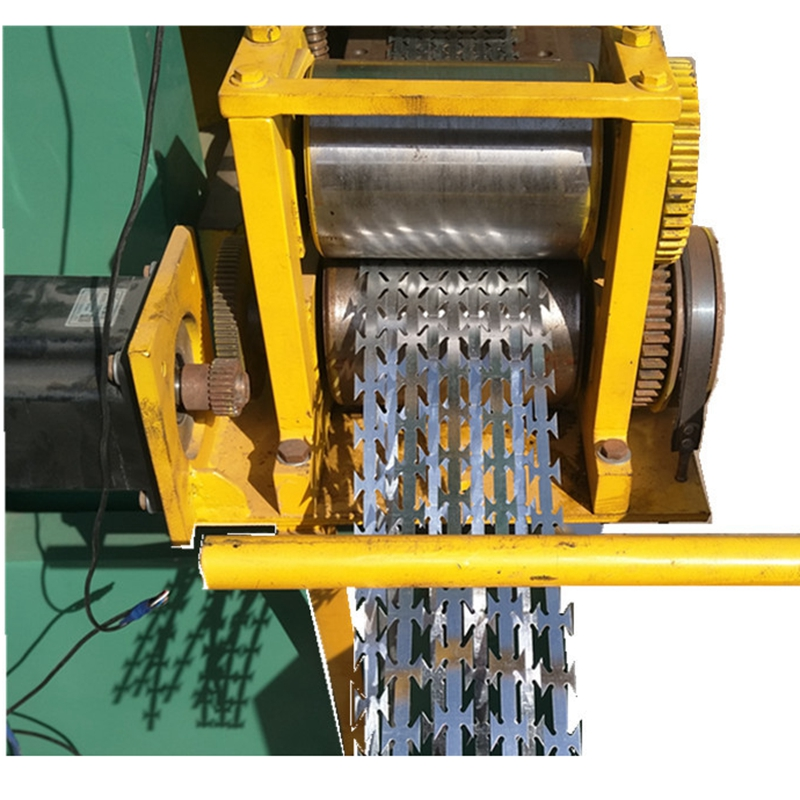 Competitive price High speed razor barbed wire making machine