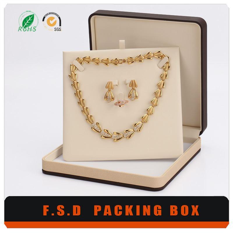 Jewelry Design sample term paper