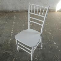 White Color Wooden Chiavari Dining Tiffany Chairs in Wedding
