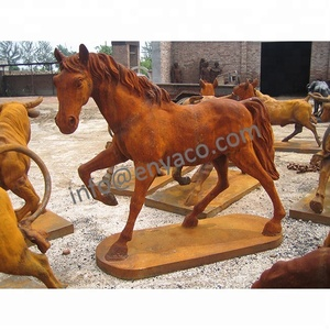 China supplier horse ornaments christmas collectible horse statues